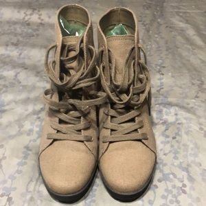 Mix no. 6 Army Green Booties